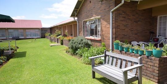 North House semi-frail care